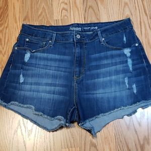 Sz 18 Levi's High-Rise Shorts